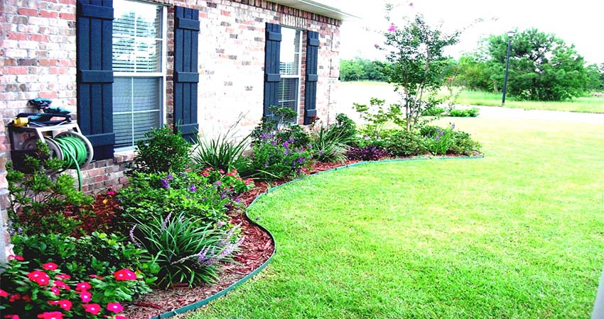 Simple Tricks to Remodel A Small Garden And Transform It Into A Beautiful Garden